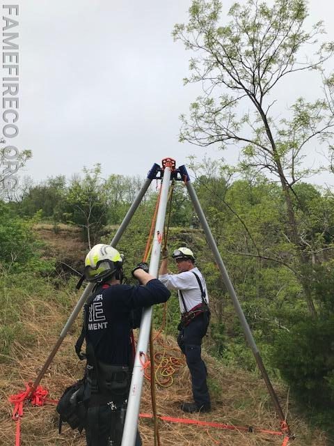 One of two Arizona Vortex tripods being used as artificial high directional (AHD) for the two-rope offset system.
